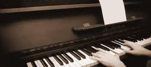 ピアノ弾けない…